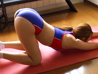 Sexy milf Mayu Manabe shows off while enjoying her stretching class