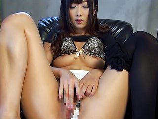 Horny Asian babe Hibiki Ohtsuki masturbates during an interview