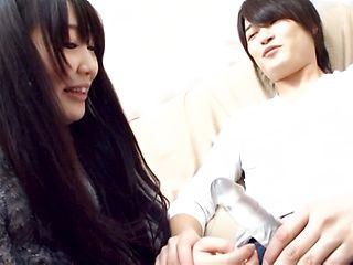 Brunette Asian teen amazes with pure Japanese blowjob