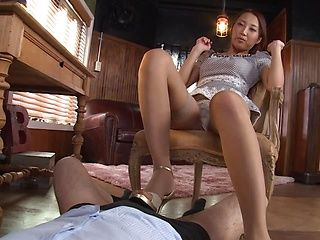 Mouthwatering milf in sexy stockings Aoi Matsushima gives a foot job