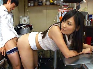 Hot wife Kiyuri Aoki sure craves for a good fuck adventure