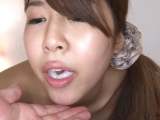 Curvy Nanami Nishino sucks cock like a goddess
