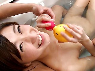 Cutie  Ichika Kanhata sucks a wood pecker