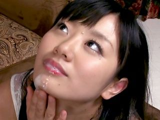 Horny housewife Himari Yuzumoto sucks her hubby and eats jizz