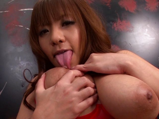 Curvaceous Asian milf Yuu Sakura masturbates and gets creamed