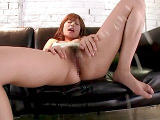 Rina Rukawa fingers her twat till she squirts