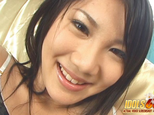 Atsumi Katou Enjoys Giving Head And Masturbating Guys With Her Feet And Not Her Hands!