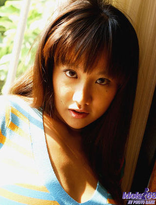 Ayami Horny Japanese babe In Kimono Is A Professional Stripper