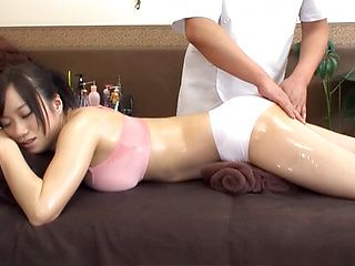 Sexy milf enjoys massage leading to sex