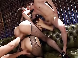 Harsh Japanese foursome porn play on cam