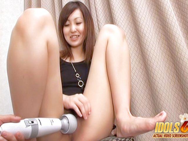 Japanese Nazuki Sakura Cunt Loves Dildos