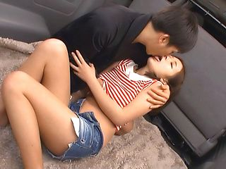 Curvy Asian teen gets fucked hardcore in the car