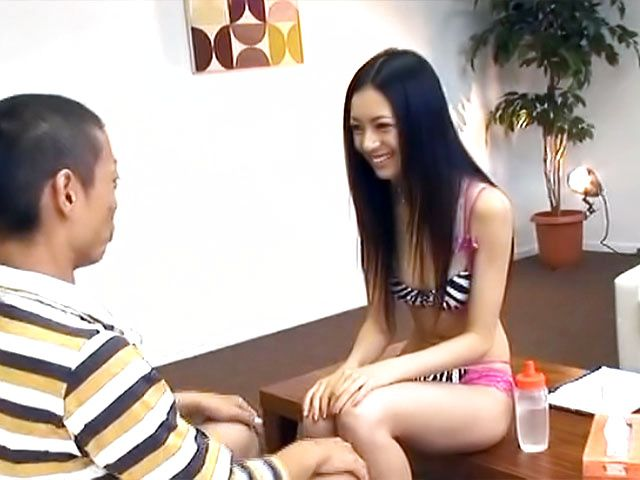 Horny interviewer, Aino Kishi in sexy lingerie jerks off guest