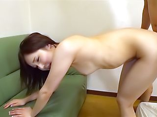 Kanon Shiori drives her dude crazy with kinky licking