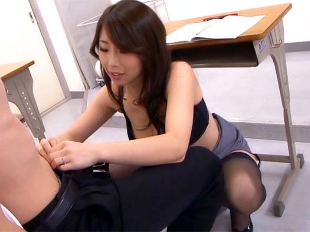 Top Japan teachers enjoys student's dick in her vagina