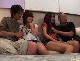 Japanese AV models enjoy an orgy picture 14