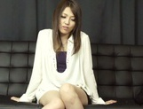 Asian babe Rino Mizusawa gets nailed in threesome