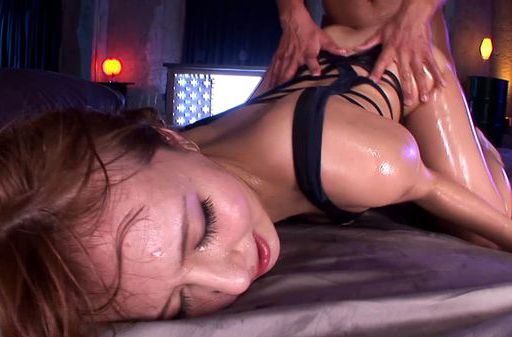 Jessiaca Kizaki feels amazing in hardcore