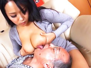 Hot MILF with a nice ass in a kinky action