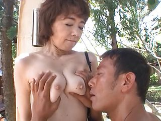 Outdoor kissing with sexy Kei Marimura