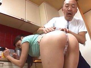 Seductive housewife Maki Hokujo loves sex