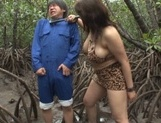 Alluring Japanese mature lady Mizuki Ann sucks cock in a forest picture 3