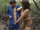 Alluring Japanese mature lady Mizuki Ann sucks cock in a forest picture 7