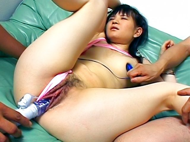 Nene Mukai Asian beauty gets poked with a dildo