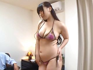Sexy mature lady with lovely figure Sayuki Kanno enjoys group sex
