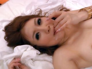 Hibiki Ohtsuki Hot Asian model has a nice body