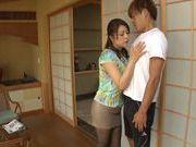 Curvaceous AV girl Shiho Tachibana deepthroats cock