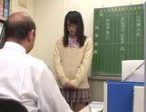 Pretty teen Nana Usami deepthroats guy and gets a facial