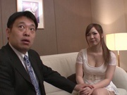 Kanon Yamazaki is being seduced by a stud