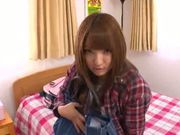 Big butt hottie Shiori Kamisaki deepthroats and gets smacked