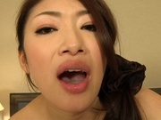 Mature babe in black pantyhose Reiko Kobayakawa gives head pn povhot asian pussy, asian babe}