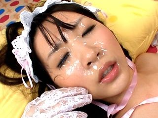 Teen Uruha Mizuki gets two facials after fucking in costume