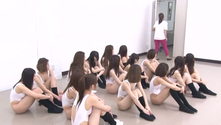 A group of lovely Japanese teens show off their fantastic bodies