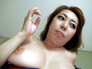 Lusty and hot mature Japanese babe gets a dick ride