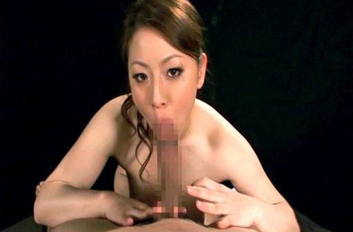 Reiko Yamaguchi Beautiful Asian babe gives a hot blowjob