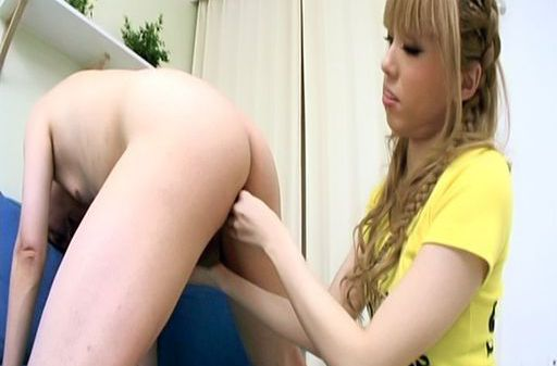 Sakura Hime Asian doll fondles her horny friend