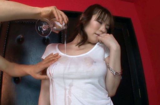 Nao Mizuki Sweet Asian model has a hot body