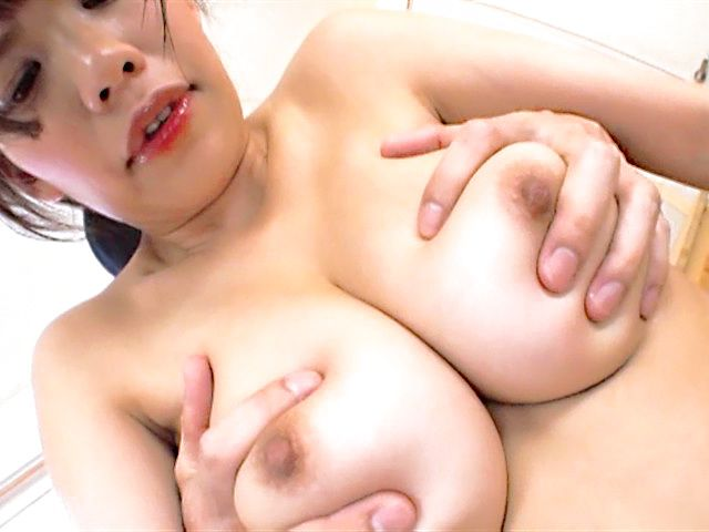 Japanese model Maika Sakurasaki enjoys massive cock