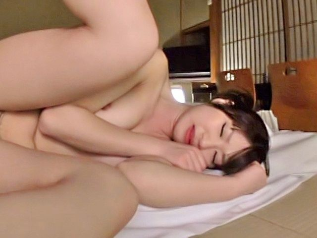 Adorable Rio Ogawa enjoys true pleasure hump