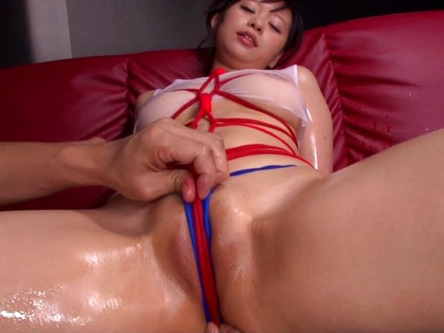Oiled body of hot Japanese MILF Ryohana Asakura