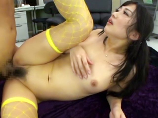 Chick in fishnet stockings Hibiki Ohtsuki in threesome sex