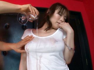 Nao Mizuki Sweet Asian model has a hot body