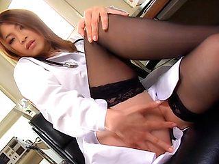 Anna Kousaka is a kinky Asian nurse