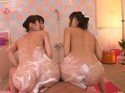 Kinky chicks Kana Aono and Minami Hirahara like to fuck