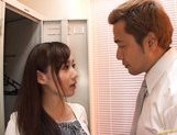 Reona Kanzaki Asian beauty gives an amazing blowjob in the locker room picture 15