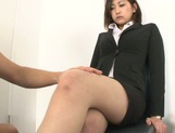 Yuna Shiratori enjoying a hot fuck at the office picture 2